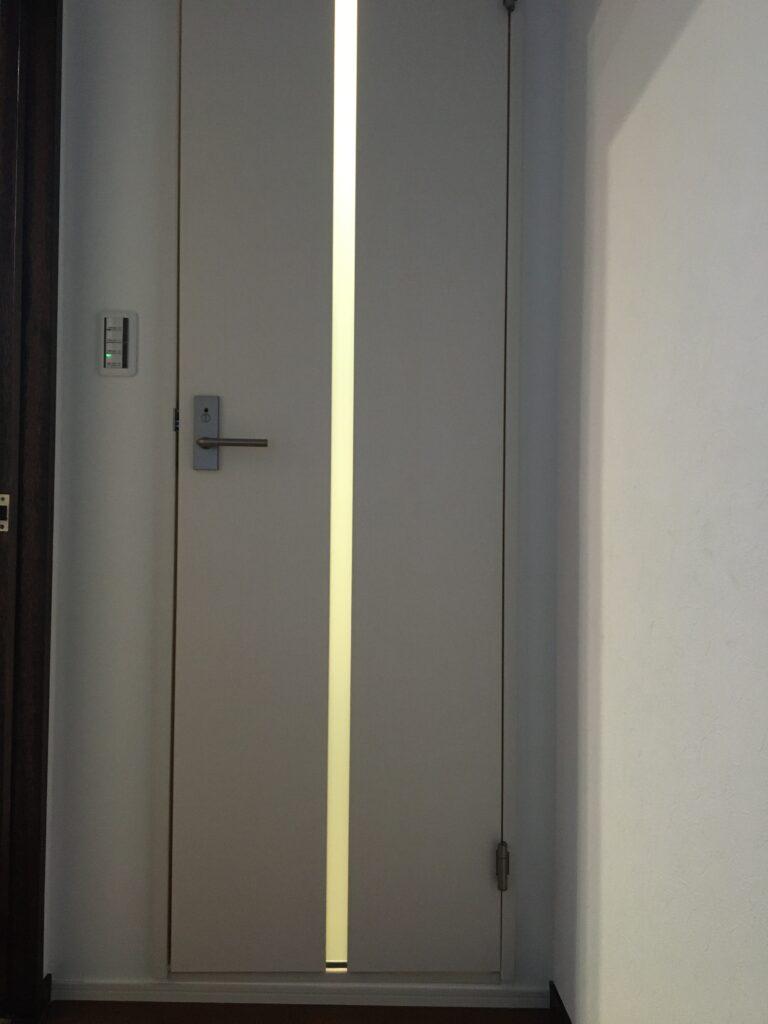 トイレ用ドア